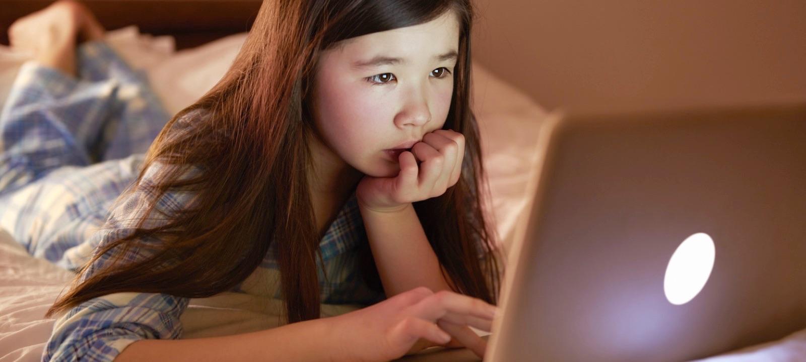 ممنوعیت رسانه ای در اتاق خواب فرزندان